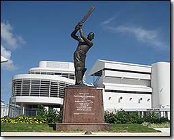 Sir Garfield Sobers Statue
